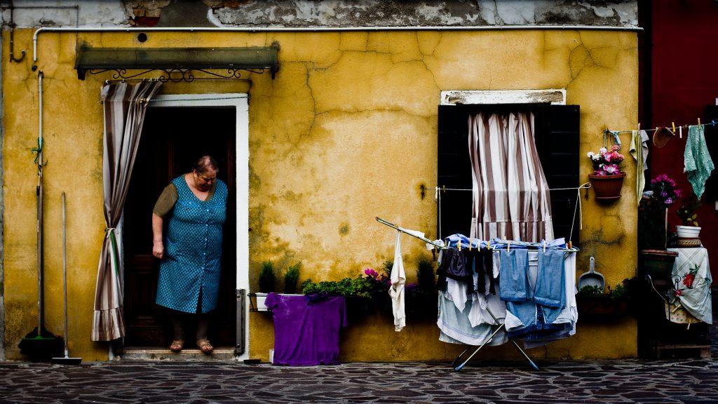 """Rutina diaria : 6pm / Daily routine: 6 pm"" by Hernán Piñera via flickr CC BY-SA 2.0"